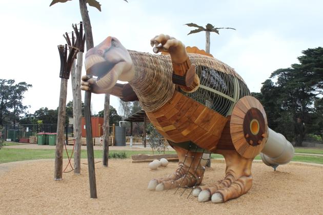 Mimi the Muttaburrasaurus