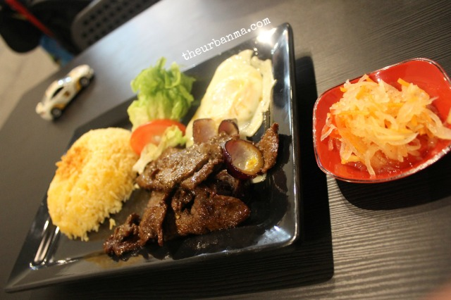 GJ's Grill beef tapa